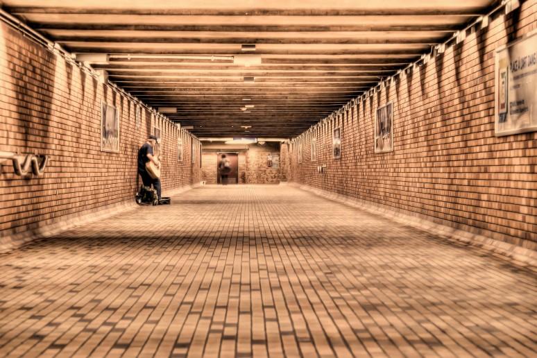 Bonaventure tunnel in the RÉSO Montreal