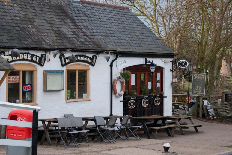 Bridge 61 pub