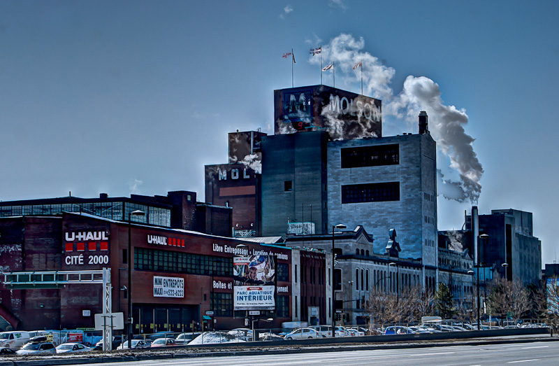 Molson Brewery from avenue Viger est