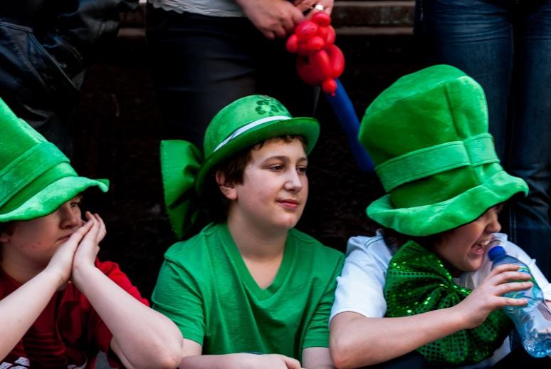 3 young Irish lads