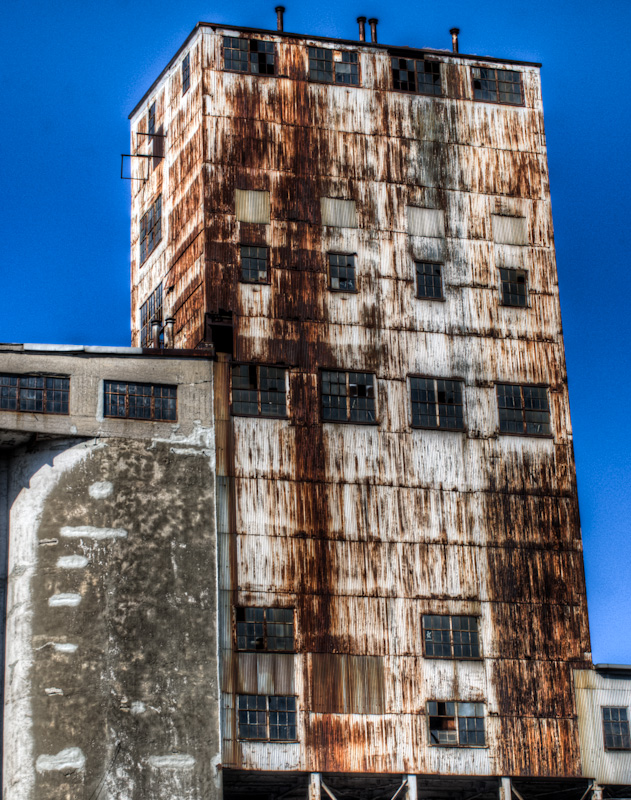 Silo no 5 from rue Mill