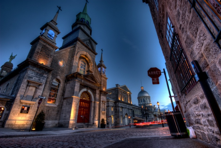 The Notre-Dame-de-Bon-Secours Chapel on rue Saint Paul