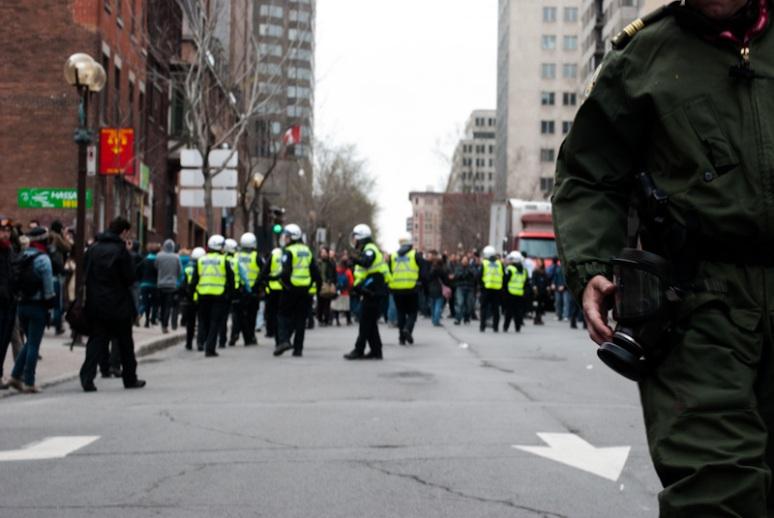 Police on rue Saint Urbain