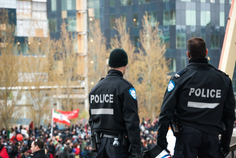 Montreal Police keeping watch over anti-Capitalist march