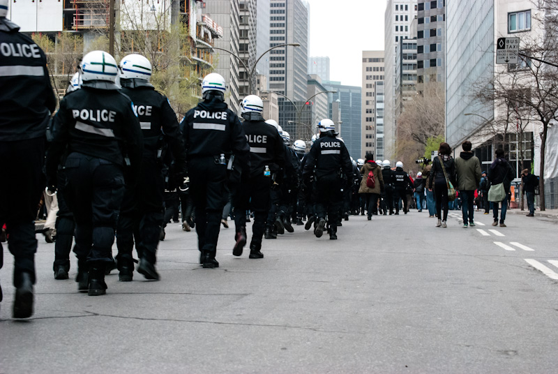 Police accompany march along René-Levesque