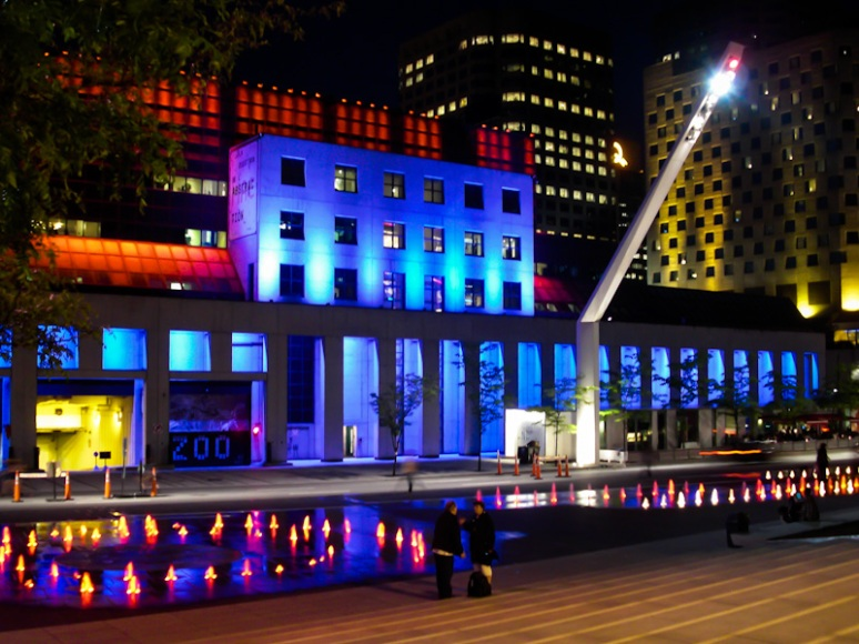 Place des Festival at night