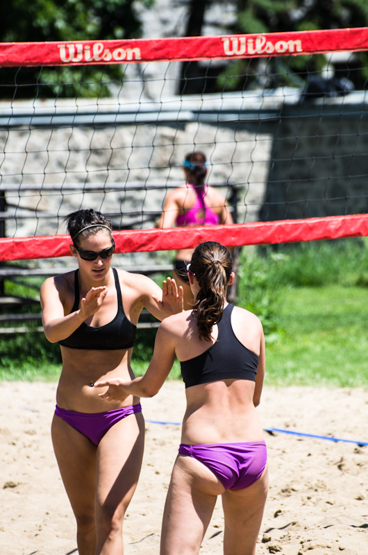 "Women""s Beach volleyball competition on Jeanne-Mance park"