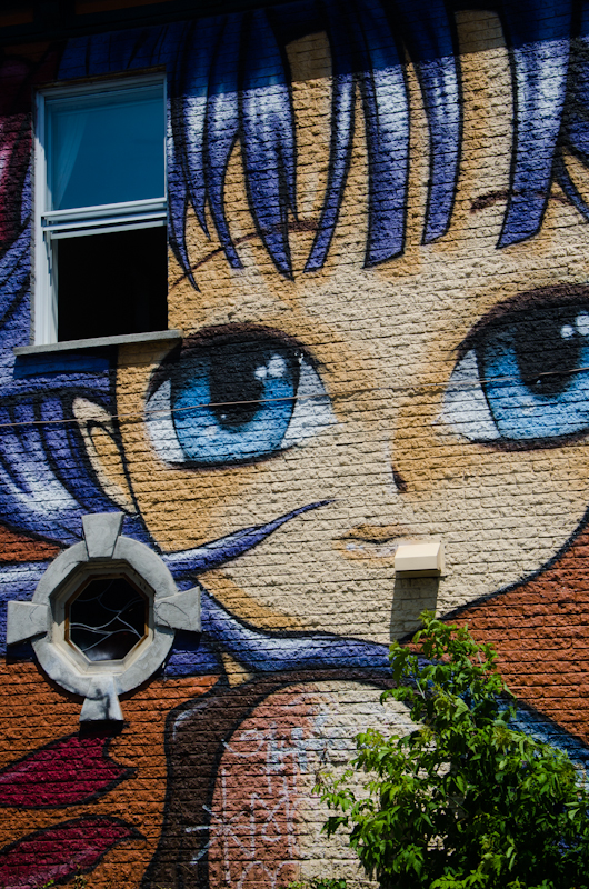 Manga mural on Duluth