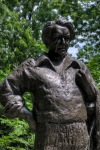 Monument to Félix Leclerc in Parc Lafontaine