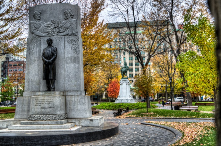 Sir Wilfred Laurier Monument in Dorchester Square