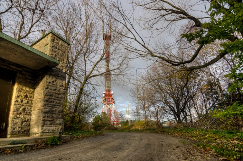Mount Royal radio mast