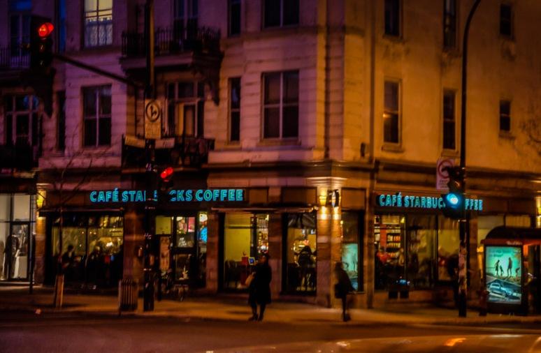 Café Starbucks on ave du Parc