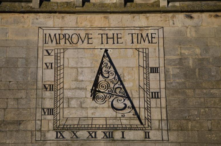 Market Harborough church Sun dial clock