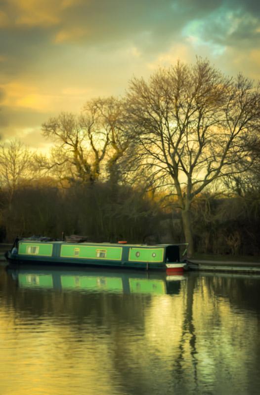 Barge at Foxton